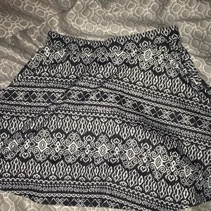 Dresses & Skirts - Black and white tribal print skater skirt